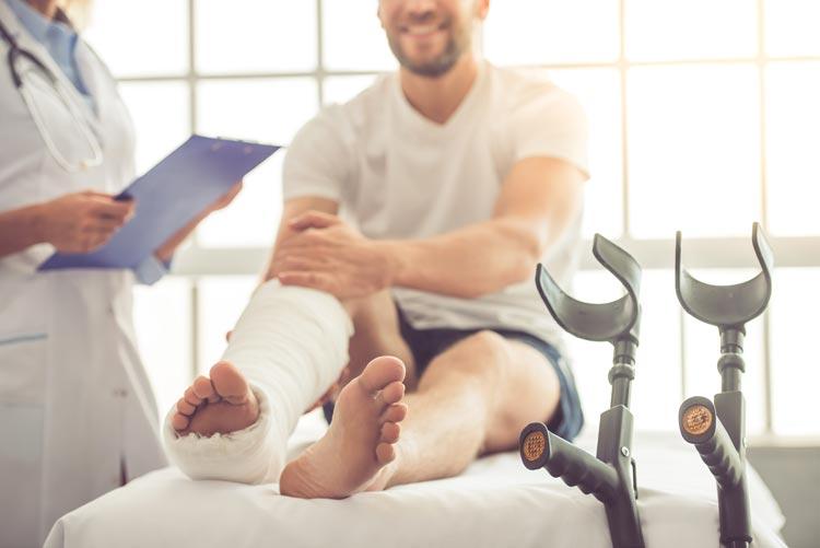 Patient with cast on leg